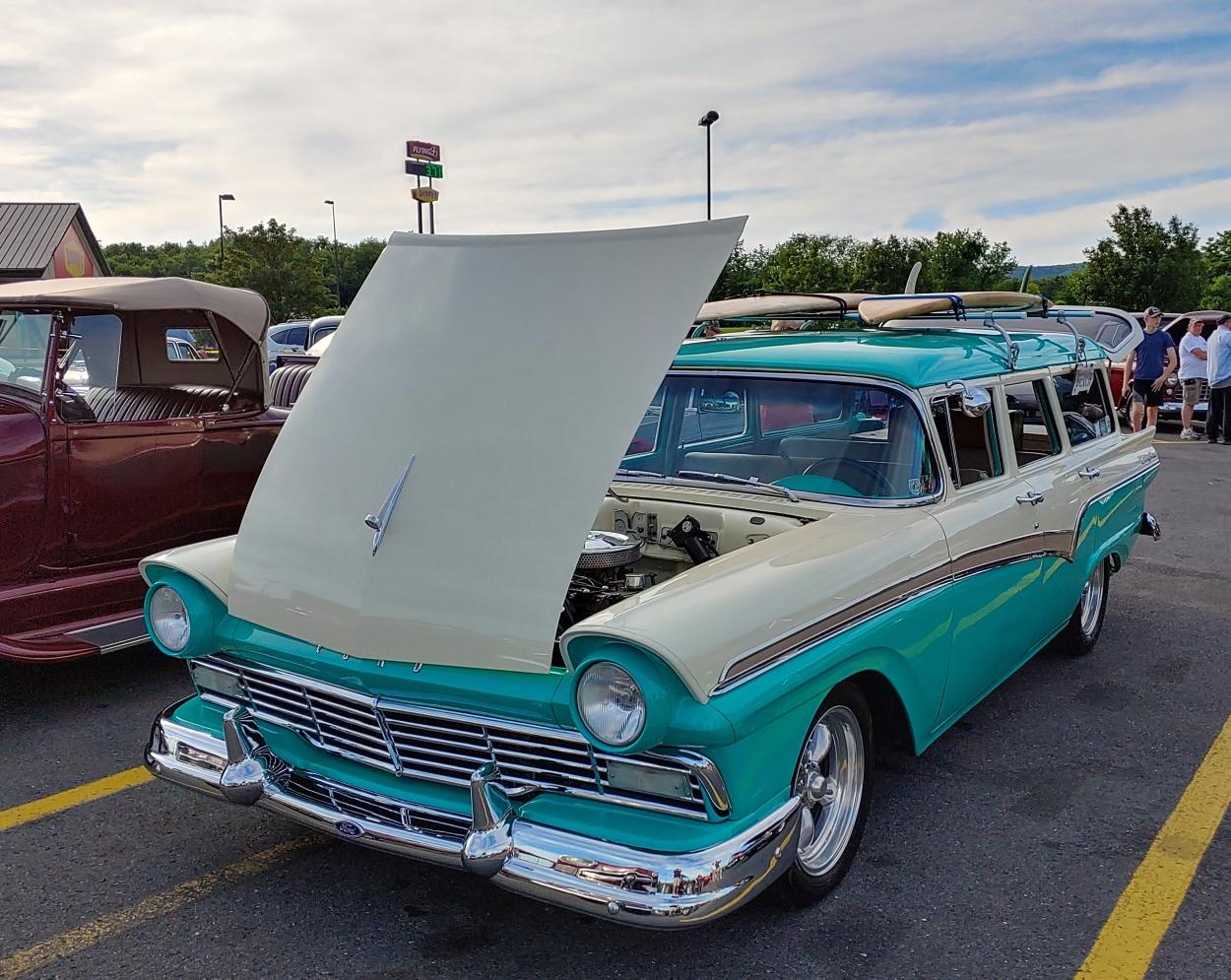 Ford_Wagon